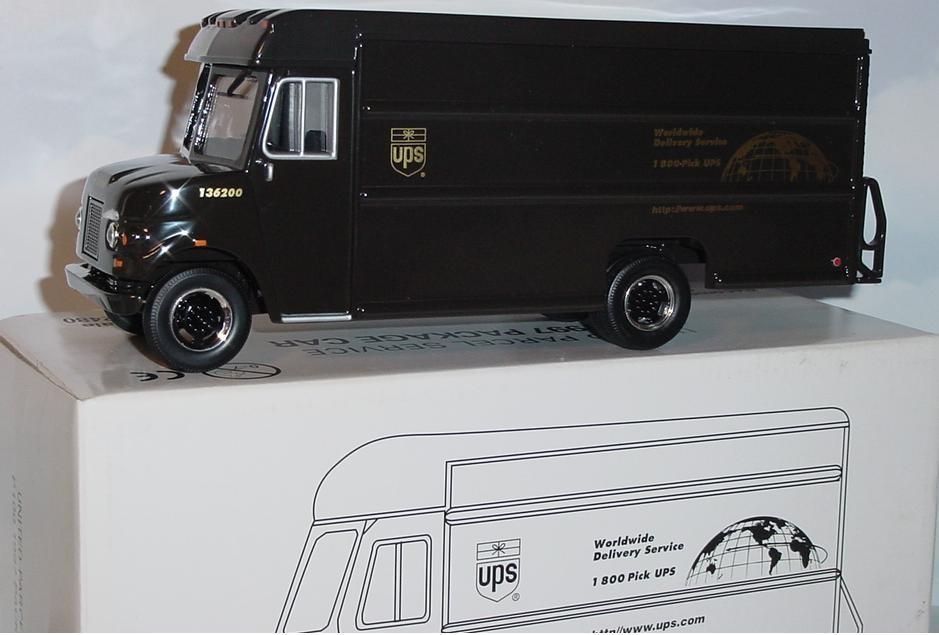 Toy ups truck jpg 183 ups diecast truck nib